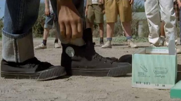 The black shoes in The Sandlot / The gang of Champions - Movie Outfits and Products