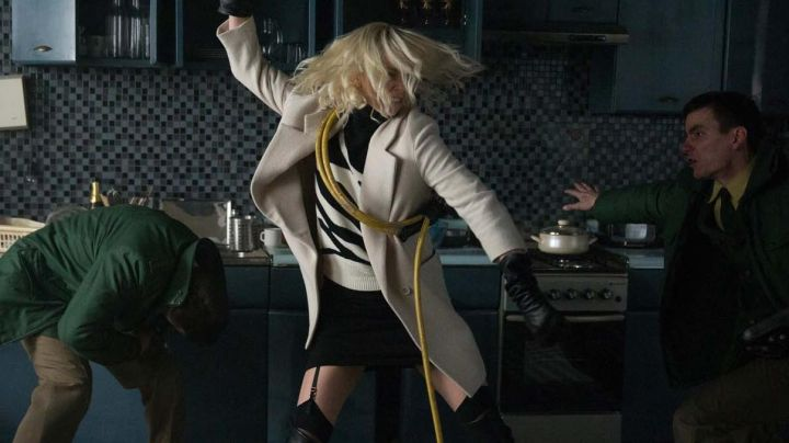 The black skirt of Lorraine Broughton (Charlize Theron) in Atomic Blonde