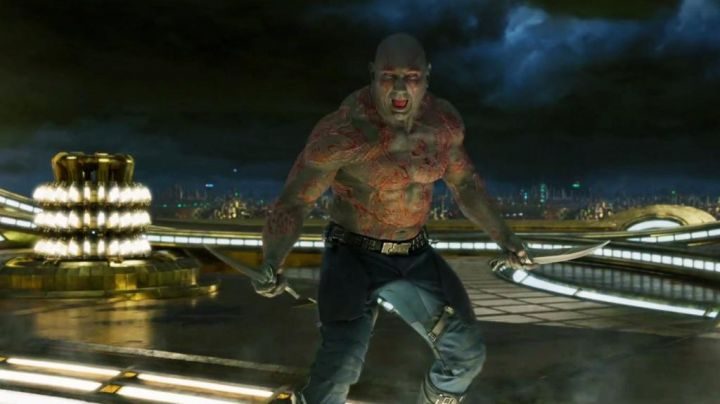 The blades of Drax the Drestructeur (Dave Bautista) in Guardians of the Galaxy Vol. 2 - Movie Outfits and Products