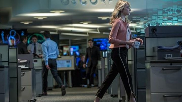 Fashion Trends 2021: The blazer pink Ted Baker Gwen Stacy (Emma Stone) in Spider-Man 2