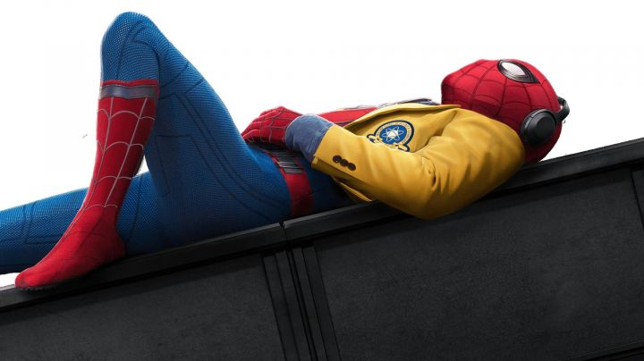 The blazer yellow Peter Parker / Spider-Man (Tom Holland) in Spider-Man : homecoming - Movie Outfits and Products