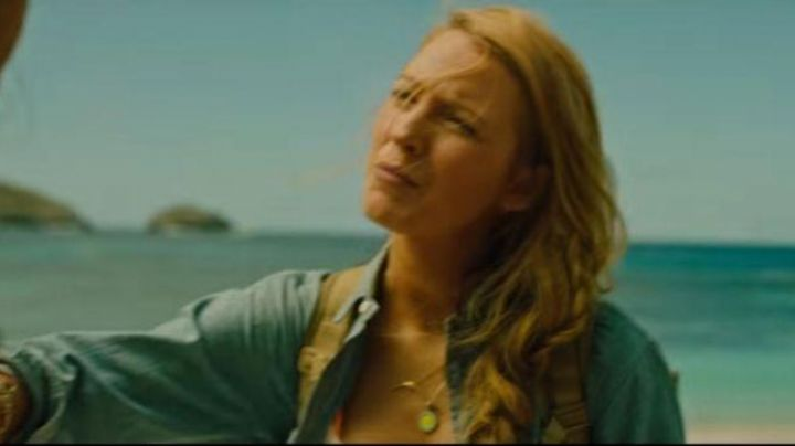 Fashion Trends 2021: The blue collar and yellow of Nancy Adams (Blake Lively) in survival Instinct (The Shallows)