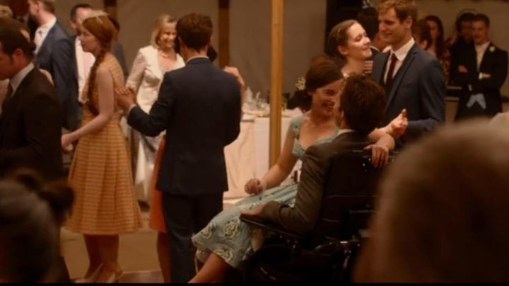 Fashion Trends 2021: The blue dress worn by Lou Clark (Emilia Clarke) in Before You