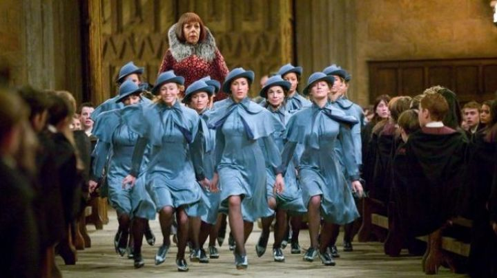 The blue shoes of Fleur Delacour (Clemence Poesy) in Harry Potter and the goblet of fire - Movie Outfits and Products