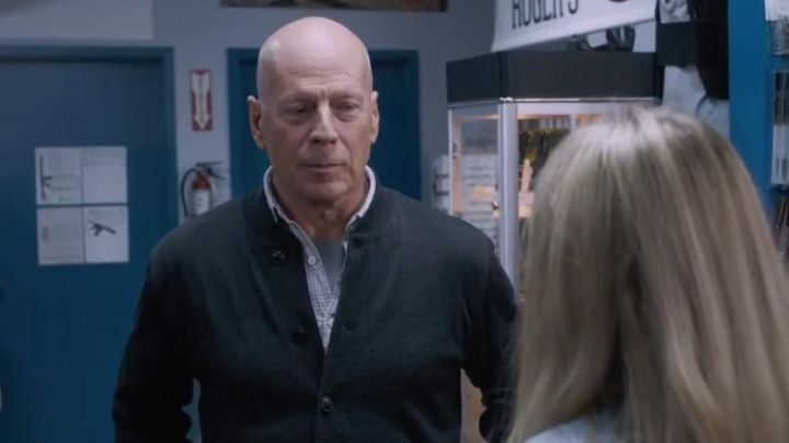 The bomber jacket bomber of Paul Kersey (Bruce Willis) in Death Wish