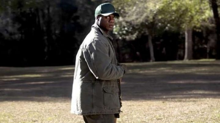 The bomber jacket khaki Carhartt C52 Walter (Marcus Henderson) in Get Out