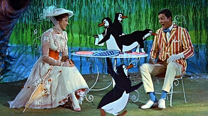 The boots of Mary Poppins (Julie Andrews) in the movie Mary Poppins - Movie Outfits and Products