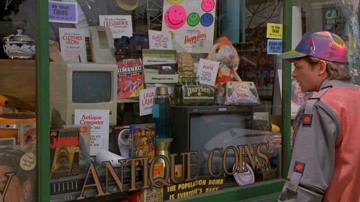 The bottles of Perrier views in the window in Back to the Future 2 - Movie Outfits and Products