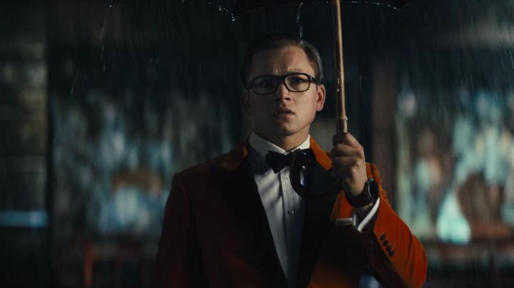 The bow tie by Drake's of Eggsy (Taron Egerton) in Kingsman : The Golden Circle - Movie Outfits and Products