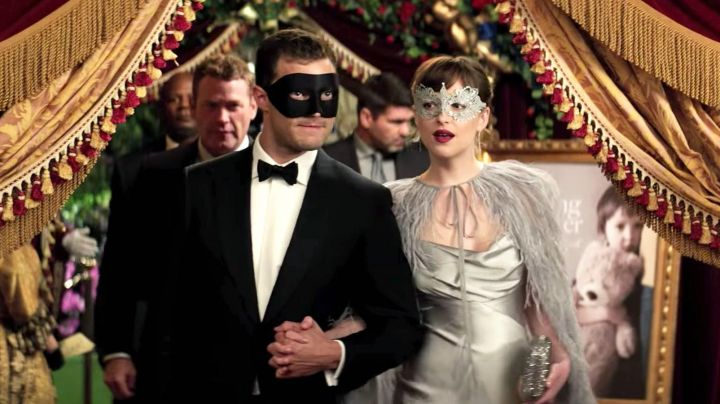 The bow tie of Christian Grey ( Jamie Dornan ) in 50 shades darker - Movie Outfits and Products