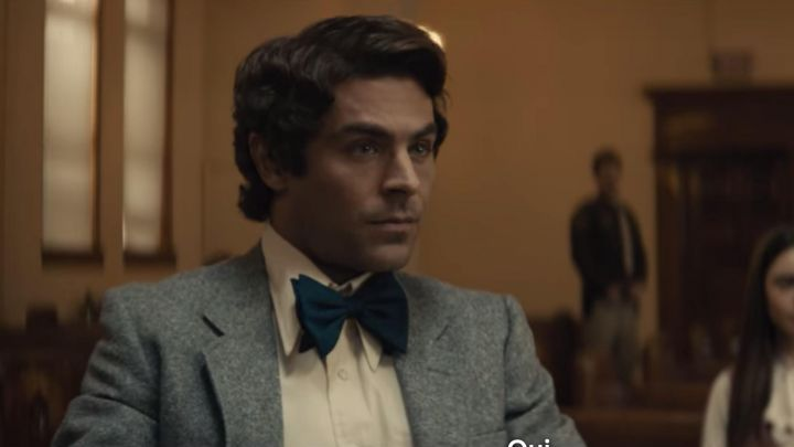 The bow tie wide blue Ted Bundy (Zac Efron) is in Extremely Wicked