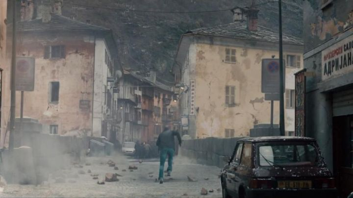 The bridge of the Via Caduti della Libertà to Verres in Italy in Avengers : Age of Ultron - Movie Outfits and Products