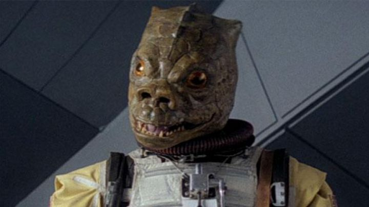 Fashion Trends 2021: The bust of Bossk in Star Wars V : The empire against attack