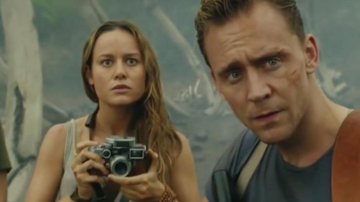 The camera Leica Brie Larson in Kong - Movie Outfits and Products