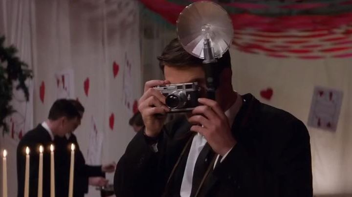 """The camera Leica M3 of Dennis Stock (Robert Pattinson) in """"Life"""" - Movie Outfits and Products"""