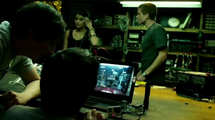 The camera / webcam GoPro HERO3 in Project Almanac