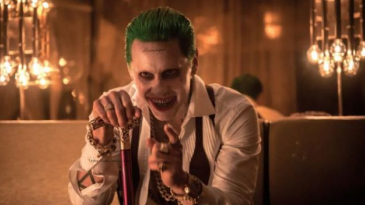 The cane of the Joker (Jared Leto) in Suicide Squad - Movie Outfits and Products