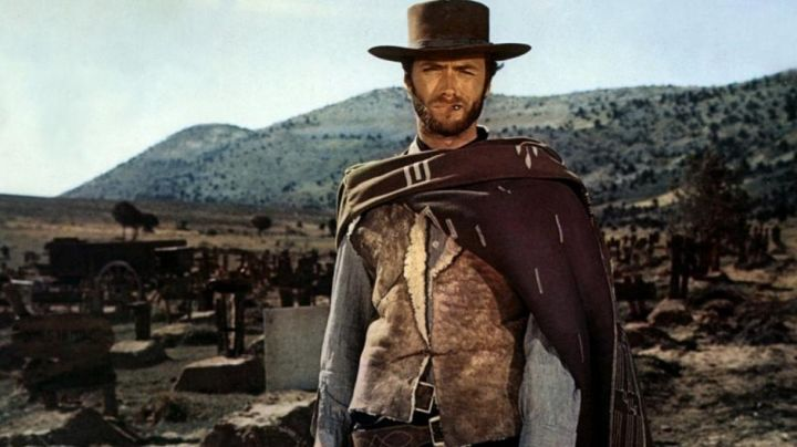 The cape Blondin (Clint Eastwood) in the Good