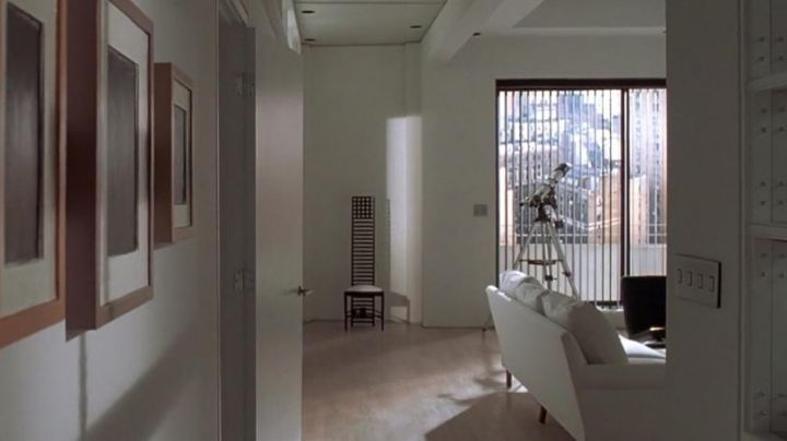 "The chair ""Hill House"" Patrick Bateman (Christian Bale) in American Psycho movie"