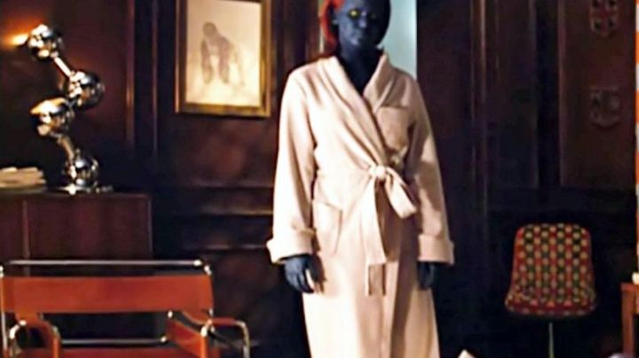 The chair design view behind Mystique (Jennifer Lawrence) in X-men the beginning - Movie Outfits and Products