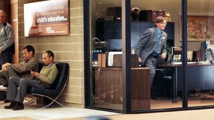 The chair design view in the waiting room in Yes man - Movie Outfits and Products
