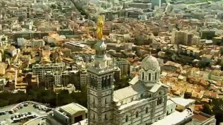 The city of Marseille in The Carrier III - Movie Outfits and Products