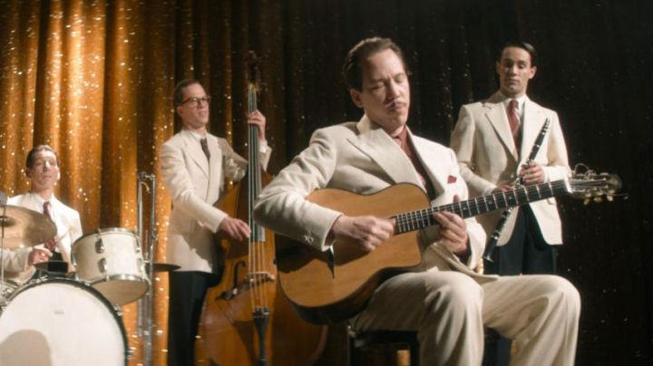 The classical guitar of Django Reinhardt (Reda Kateb) in Django - Movie Outfits and Products