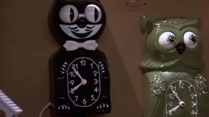 The clock-cat Doc Brown (Christopher LLoyd) in Back to the future movie