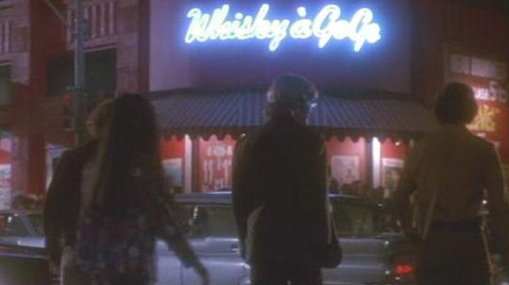 The club the Whisky a GoGo in the movie the Doors with Val Kilmer - Movie Outfits and Products