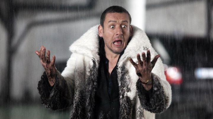 Fashion Trends 2021: The coat of fur and white of Dany Boon in Supercondriaque