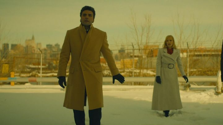 The coat vintage Abel Morales (Oscar Isaac) in A Most Violent Year movie