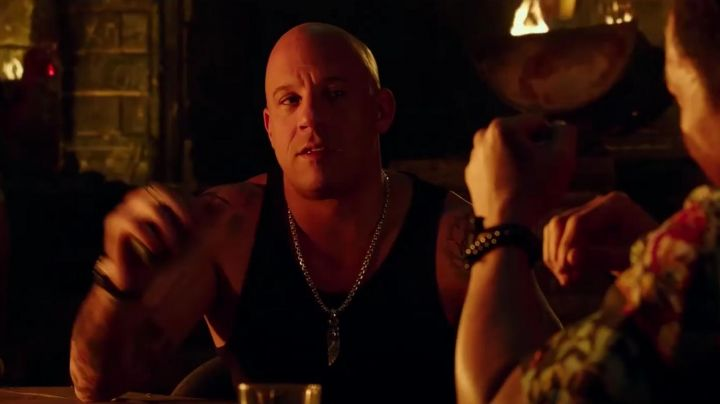 The collar amulet of Xander Cage / xXx (Vin Diesel) in XXx: Reactivated movie