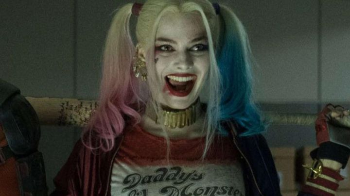 The collar of Harley Quinn in Suicide Squad - Movie Outfits and Products