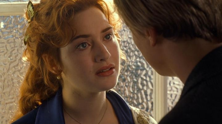 Fashion Trends 2021: The comb-butterfly Art Deco Rose DeWitt Bukater (Kate Winslet) in Titanic