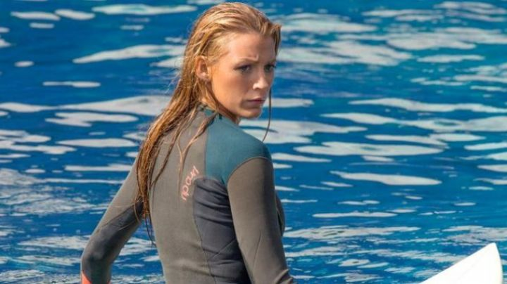 The combination Ripcurl Nancy Adams (Blake Lively) in The Shallows (Instinct of survival) movie