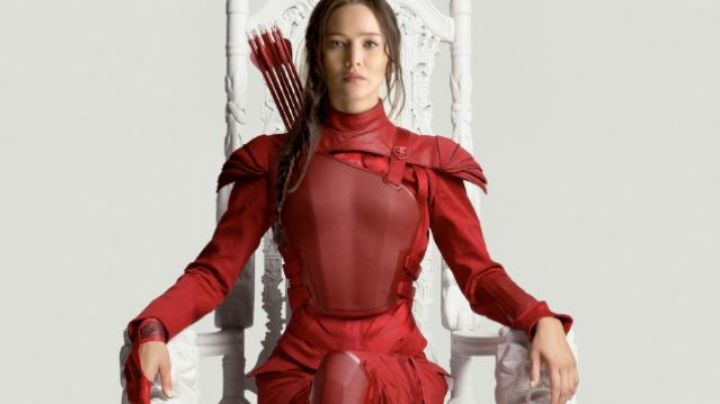 The combination red of Katniss Everdeen (Jennifer Lawrence) in Hunger Games - Movie Outfits and Products