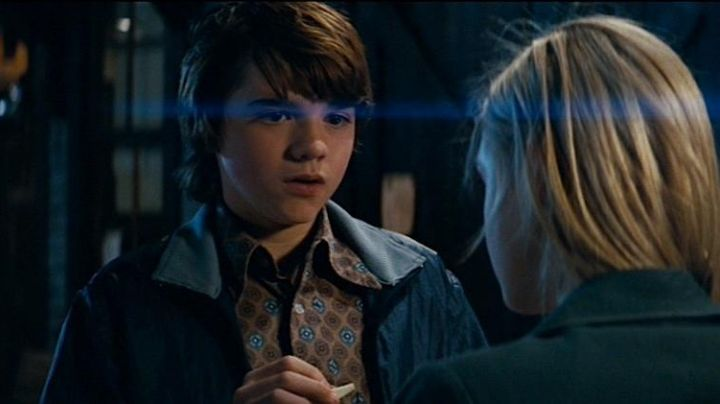Fashion Trends 2021: The complete outfit worn by Joe Lamb (Joel Courtney) in Super 8