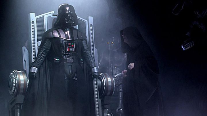 The costume is full of Darth Vader in Star Wars VI : return of The Jedi