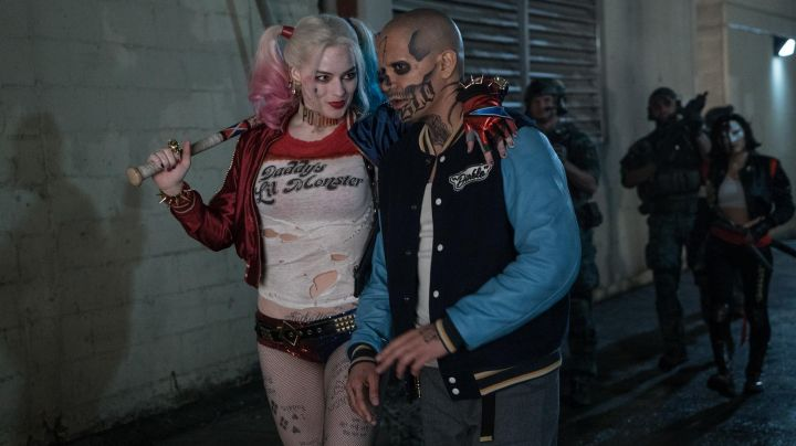 The costume of Harley Quinn (Margot Robbie) in Suicide Squad movie