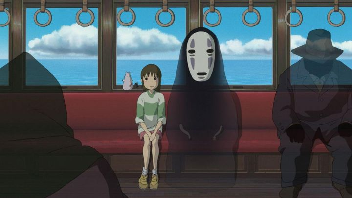 The costume of Kaonashi in spirited away - Movie Outfits and Products