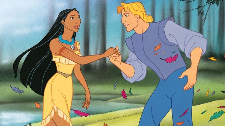 The costume of Pocahontas in the cartoon Pocahontas - Movie Outfits and Products