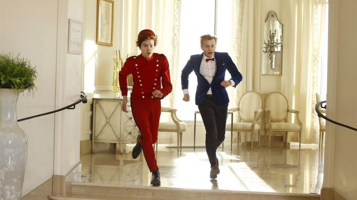 The costume of a groom of Spirou (Thomas Soliverès) in The adventures of Spirou and Fantasio Movie