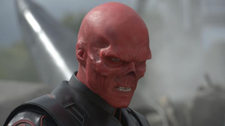 Fashion Trends 2021: The costume of the Red Skull (Hugo Weaving) in Captain America : The First Avenger