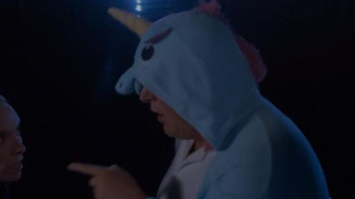 The costume unicorn blue seen in the film Fun Mom Dinner - Movie Outfits and Products