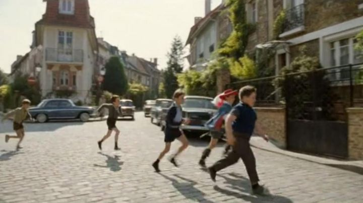 The crossing of the rue Irénée Blanc and Rue Jules Siegfried, Paris in The petit Nicolas - Movie Outfits and Products