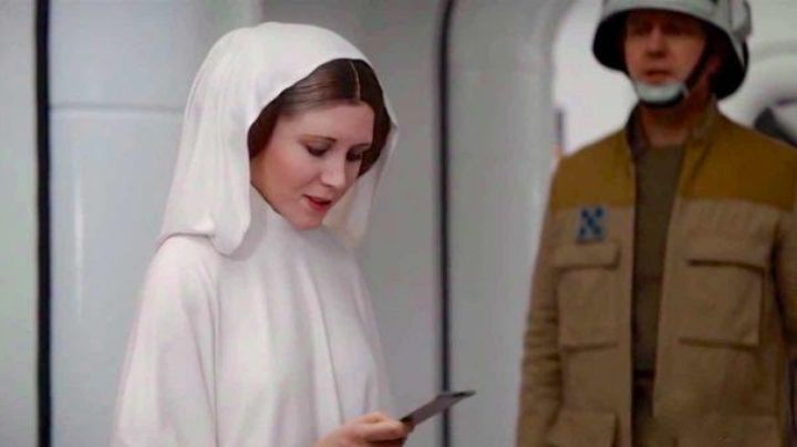 The data card plans of the Death Star in Rogue One : A Star Wars Story - Movie Outfits and Products