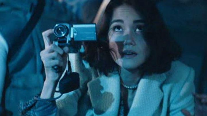 The digital video camera of Sandrine Holt Resident Evil Apocalypse - Movie Outfits and Products