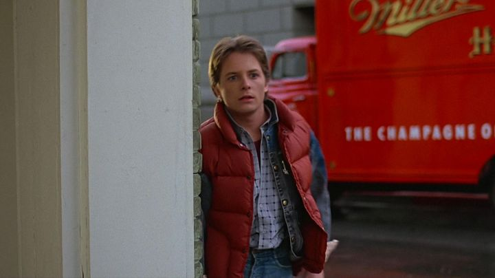The down jacket red Marty McFly (Michael J. Fox) in Back to the future movie