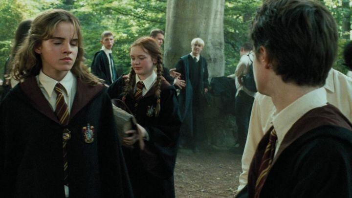 Fashion Trends 2021: The dress Gryffindor worn by Hermione Granger (Emma Watson) in Harry Potter and the prisoner of Azkaban