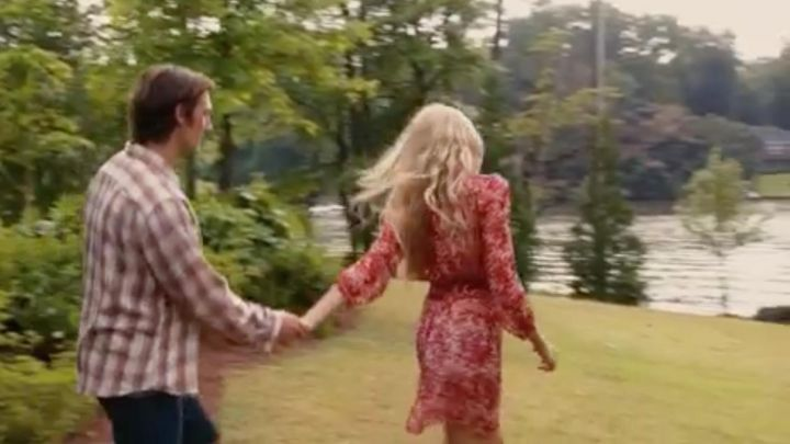 Fashion Trends 2021: The dress Isabel Marant Jade Butterfield (Gabriella Wilde) in A Love Without End